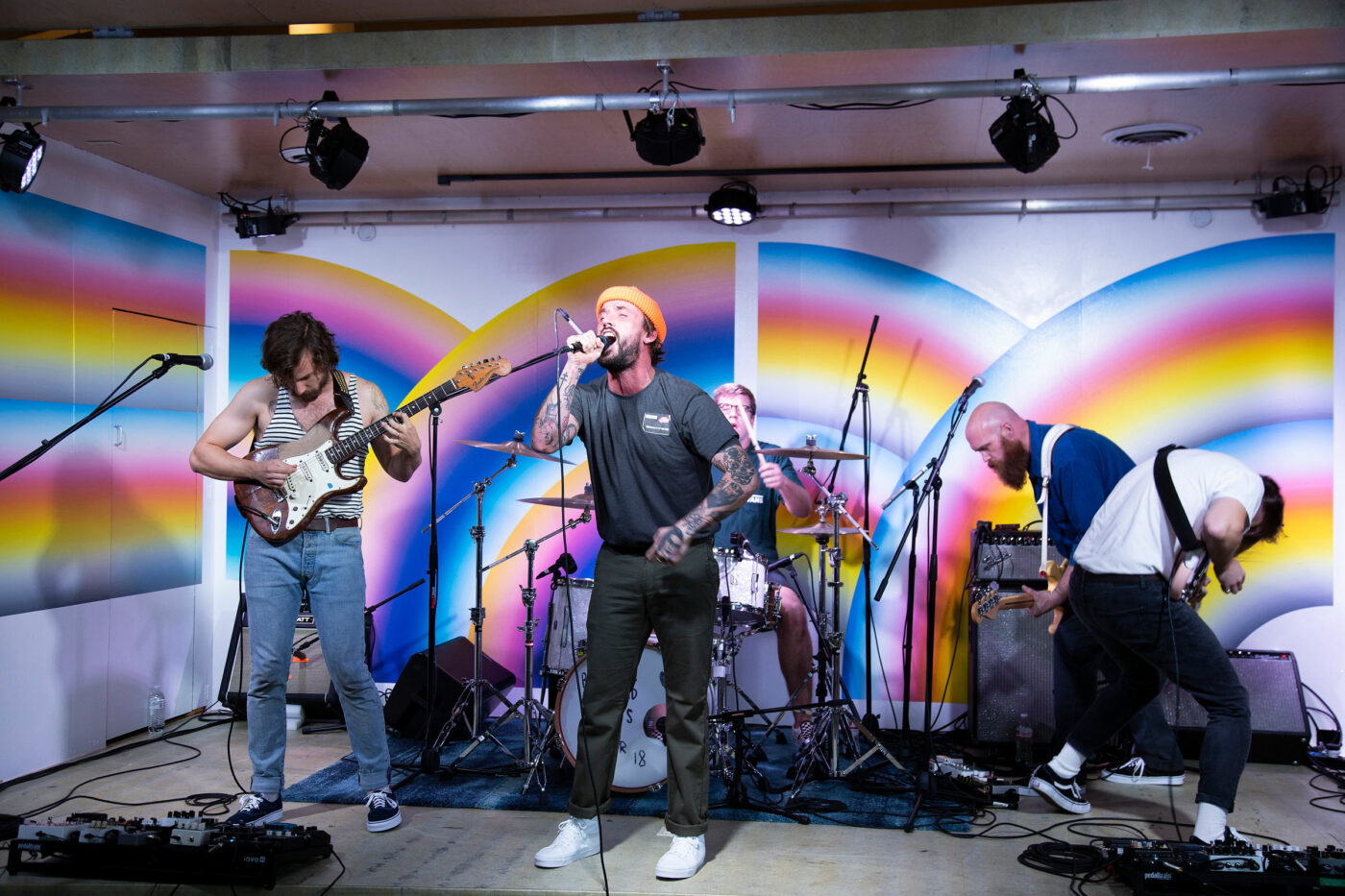 HO18_SidestripeSessions_S1_Ep8_IDLES_Performance_HD6A8380